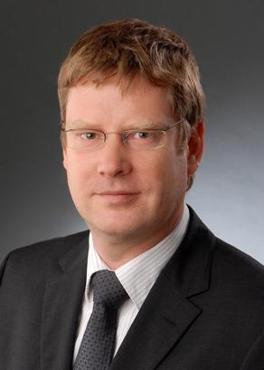 Lars Mönch photo